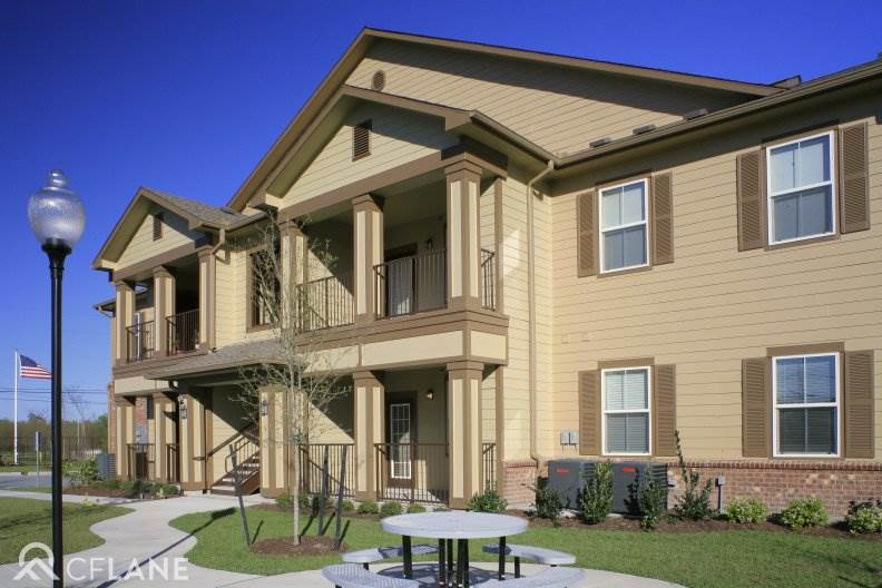 Wood Crest Apartments