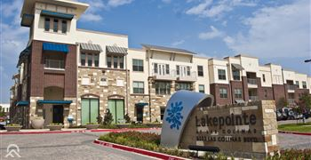 Lakepointe at Las Colinas